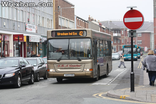 bus in king street one way wrexham