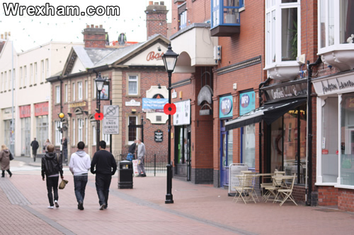 chester street wrexham holt street shop shoppers