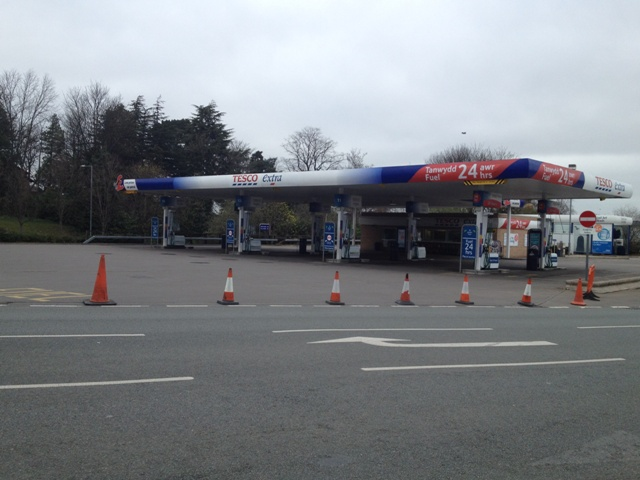 Tescos petrol station in Wrexham was still closed at 9am this morning.