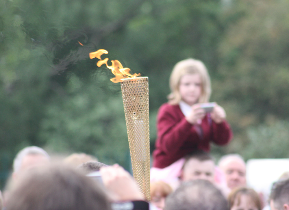 olympic-torch-child-view