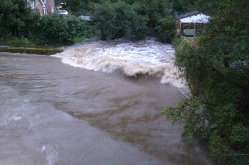 hope river 500x333 Bad Weather and Floods Hit Wrexham Area   Special Report