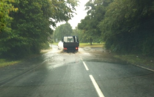 mold road cliff 500x314 Bad Weather and Floods Hit Wrexham Area   Special Report