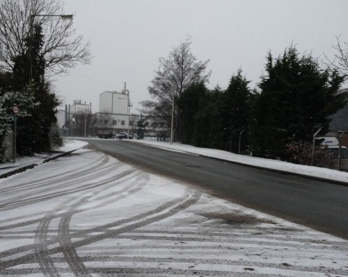 indust estate snow update 2 500x397 Friday: Wrexham Snow   Live Updates And Information