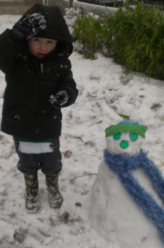 jake and snowman 331x500 Friday: Wrexham Snow   Live Updates And Information