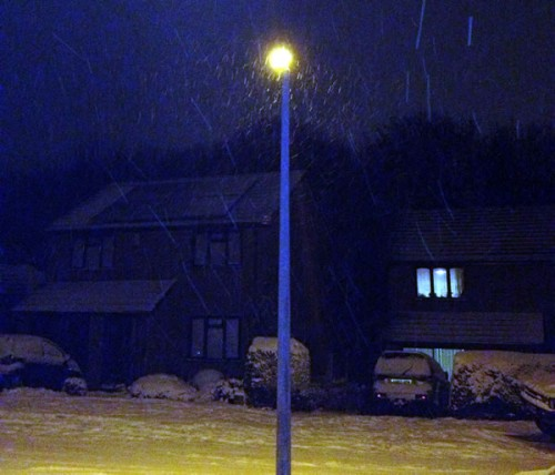 snow this evening 500x428 Friday: Wrexham Snow   Live Updates And Information