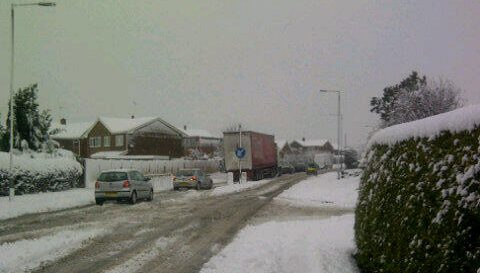 rhosddu-road-snow