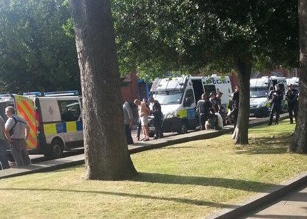 Viky Tymz tweeted us the above picture of the apparent arrest by the library.