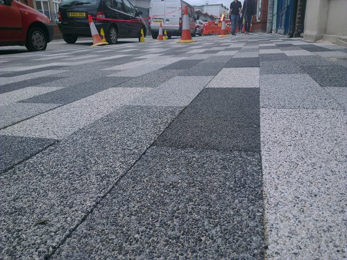 There were comments that the paving slabs had been laid unevenly.