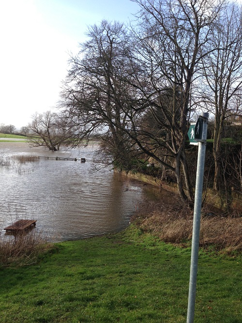 Holt / Farndon Flooding
