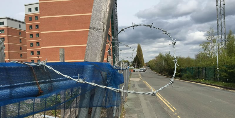 wrexham-village-barbed-wire