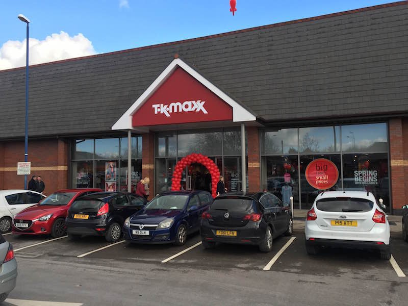 balloons packed car park as wrexham 39 s new tk maxx opens. Black Bedroom Furniture Sets. Home Design Ideas