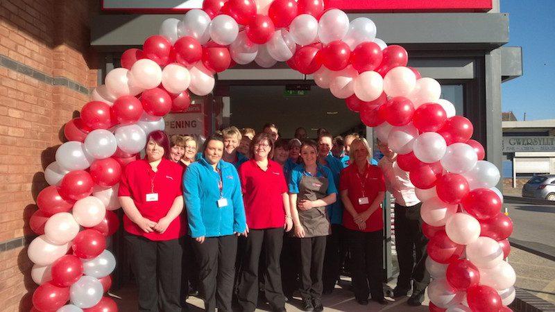 Hundreds Attend Opening Of Gwersyllt S New Home Bargains Wrexham Com