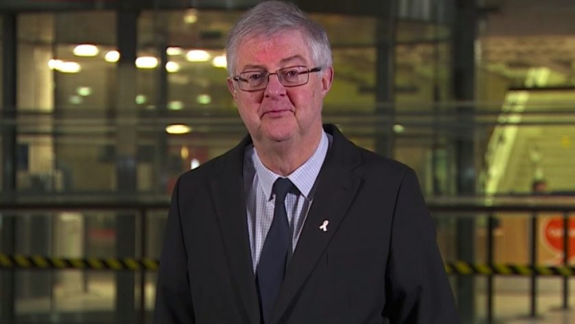 """Mark Drakeford """"concerned"""" people may think Christmas rules are """"an instruction to get together ..."""